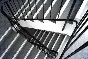 Nierdzewne balustrady schodowe