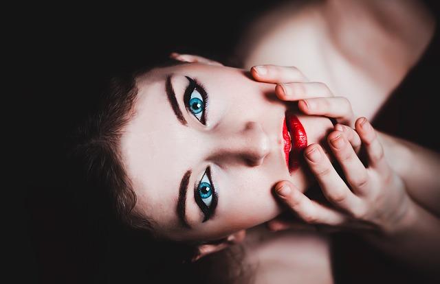 makijaż permanentny ust i oczu