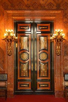 montaż drzwi zewnętrznych na Śląsku