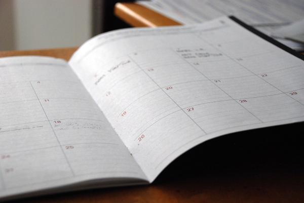 stylowe kalendarze książkowe z logo