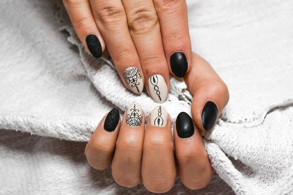 manicure hybrydowy Gdynia