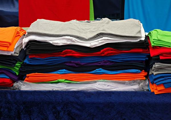 haft komputerowy na koszulkach