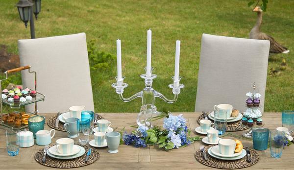 szklany świecznik wysoki